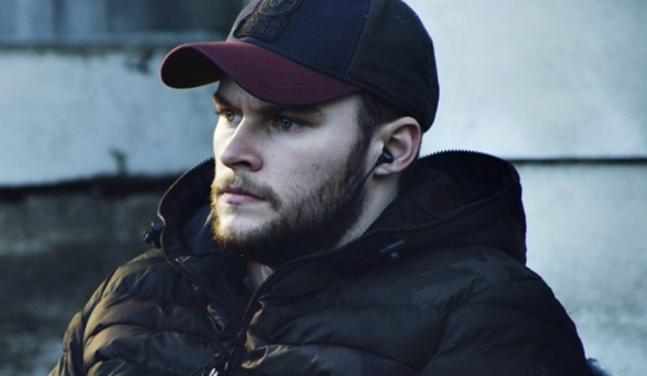 Jack-Reynor-in-Glassland
