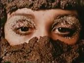 A$suntina de las Américas (1976), una crítica de la realidad brasileña a partir de la vida de una prostituta que quiere ser actriz. En una mezcla de ópera, musical y comedia.