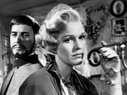 Una de las pocas comedias de Ingmar Bergman, que analiza, como es usual en su cine pero desde una perspectiva humorística, los conflictos de pareja en los que confluye el amor, el deseo, la infidelidad, la pasión y los celos.