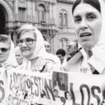 Los huérfanos del Cóndor (Dir. Emilio Pacull, Francia-Uruguay, 2003)