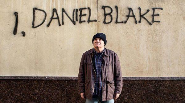 Daniel Blake, un carpintero de 60 años, se ve obligado a acudir a los servicios sociales para solicitar ayuda después de tener problemas cardiacos. A pesar de que el médico le ha prohibido trabajar, la administración lo obliga a encontrar un empleo o de lo contrario recibirá una sanción.