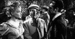 Esta obra maestra del cine romántico evoca la figura de la llamada demi monde durante la Belle Époque parisina, una mujer con un estilo de vida hedonista pero moralmente cuestionable para los estándares de la época.