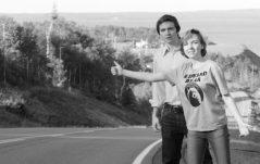 El maestro Canadiense Bruce McDonald se une al dramaturgo veterano y guionista Daniel Maclvor en este drama comedia adolescente, acerca de dos jóvenes de Nueva Escocia que emprenden un viaje en Julio de 1976, acompañados por el fantasma lacónico del aún viviente, Andy Warhol.