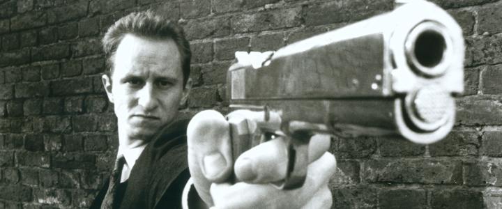 En este falso documental, un equipo de periodistas acompaña a Ben, un asesino que particularmente disfruta matando a ancianos y personas de clase media. Poco a poco, los periodistas irán participando en los crímenes de Ben.