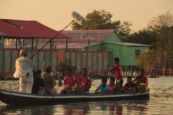 Nueva Venecia: las esperanzas de una aldeaflotante