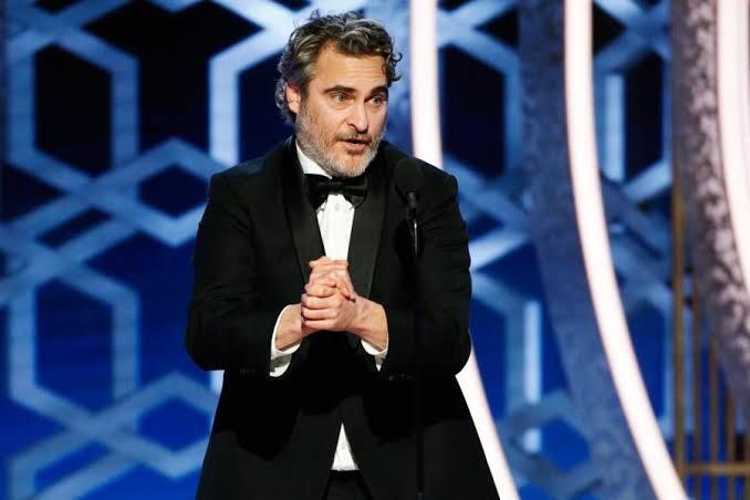 El polémico discurso de Joaquin Phoenix en los Globos deOro